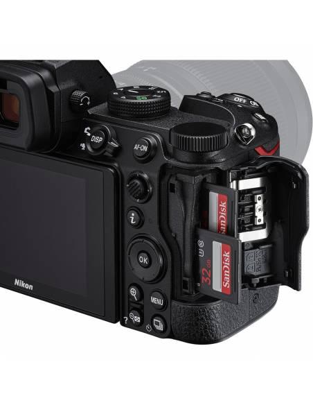 NIKON Z5 + 24-50mm F4-6.3  **Reserva de producto**